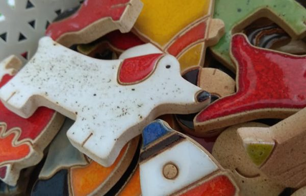 Magnesy ceramiczne z Gołdapi